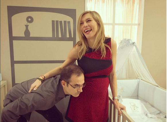 Δούκα - Αναστασοπούλου: Ποζάρουν με τις κοιλιές τους [photo]