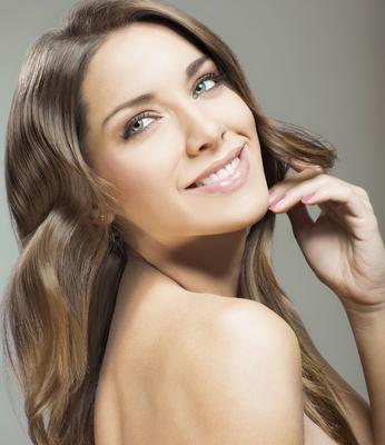 <p>Παρακάτω θα μάθεις ποιες είναι οι θαυματουργές χρήσεις του καστορέλαιου για την ομορφιά σου!</p>