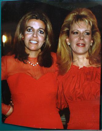 Η Χριστίνα Ωνάση και η Μαρίνα Δοδέρο ήταν φίλες από τότε που ήταν 17 ετών μέχρι τη στιγμή που η Χριστίνα πέθανε.
