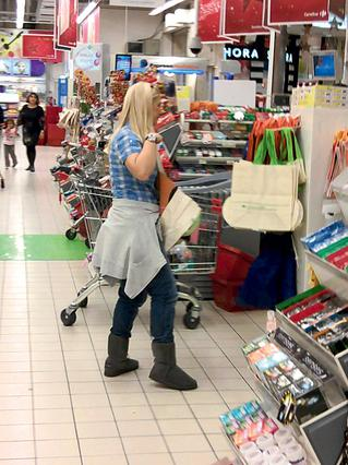 Ράνια Θρασκιά: Για ψώνια στο σούπερ μάρκετ