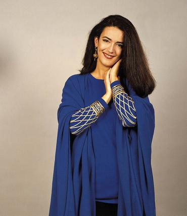 Δες θα πιστεύεις ποιος διάσημος ηθοποιός είναι ο σύζυγος της  Ελβίρας ;
