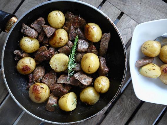 Τηγανιά με μοσχάρι: Ο μεζές ντόμινο αλά Pandespani