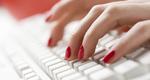 3 τρικ για να προστατεύσεις τα νύχια σου στη δουλειά