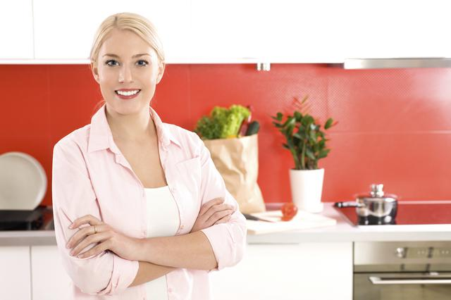 7 πράγματα που ΠΡΕΠΕΙ να καθαρίζεις ΚΑΘΕ ΜΕΡΑ στην κουζίνα σου