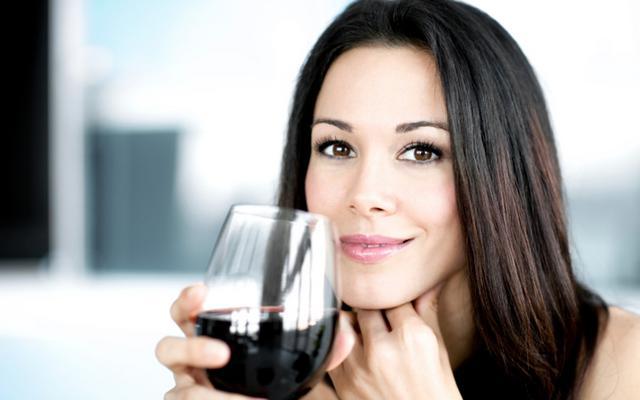 8 λόγοι για να πεις ΝΑΙ στο κρασάκι
