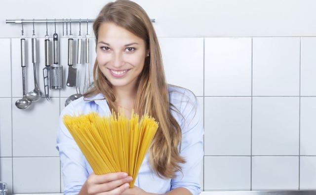 Φτιάξε ζυμαρικά μόνη στο σπίτι!
