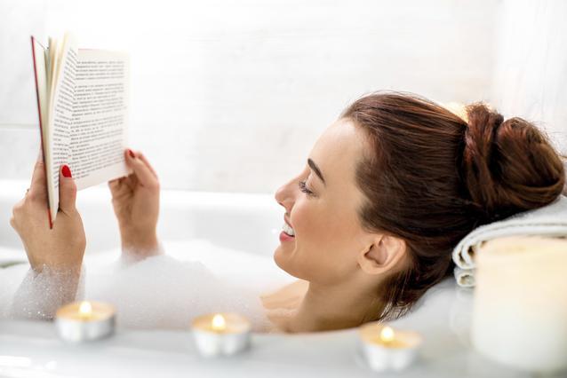 4 μυστικές συνταγές για το απόλυτο χαλαρωτικό μπάνιο