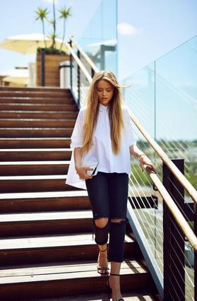 6 τρόποι να φορέσεις το λευκό πουκάμισο φέτος την άνοιξη