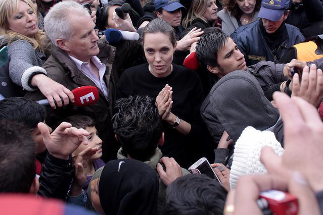 Η Αντζελίνα έφυγε: Ιδού το μήνυμά της στον ελληνικό λαό