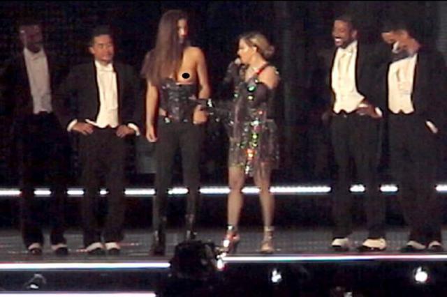 Η Μαντόνα έγδυσε 17χρονη Ελληνίδα επί σκηνής -Τι λέει το... θύμα [photos & vds]