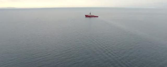 H επιχειρήση διάσωσης προσφύγων από το πλοίο Aegis I της εταιρείας Environmental Protection Engineering