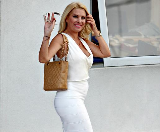 Η Ελένη έκανε άνω κάτω την πτήση από Κύπρο! [photo]