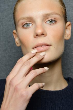 Τα πιο τρέντι σχήματα για τα νύχια μας τώρα