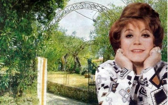 Βλαχοπούλου: Πωλητήριο στη βίλα της - δες φωτογραφίες!