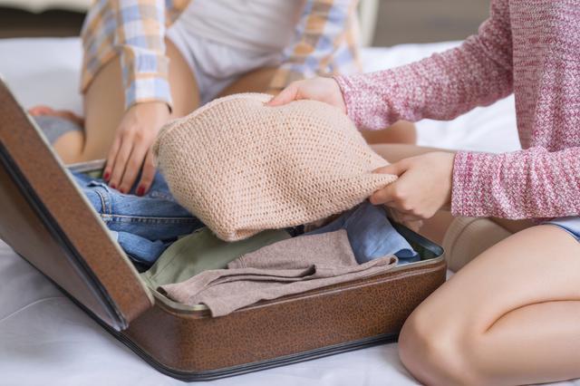4 κομμάτια που πρέπει να βάλεις στην πασχαλινή σου βαλίτσα