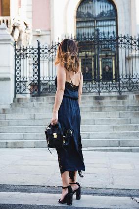 6 τρόποι να φορέσεις το lingerie φόρεμα τώρα