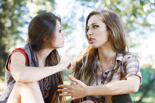 5 πράγματα που σκοτώνουν τη φιλία