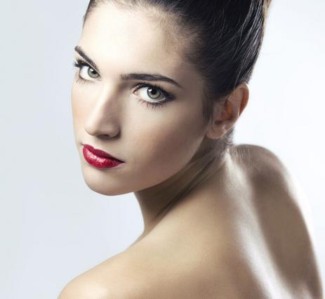 4 λάθη καλοκαιρινού μακιγιάζ για αρχάριες & μη