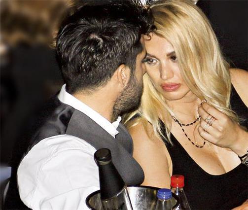 Βόμβα: Χώρισε η Σπυροπούλου με το νεαρό επιχειρηματία!