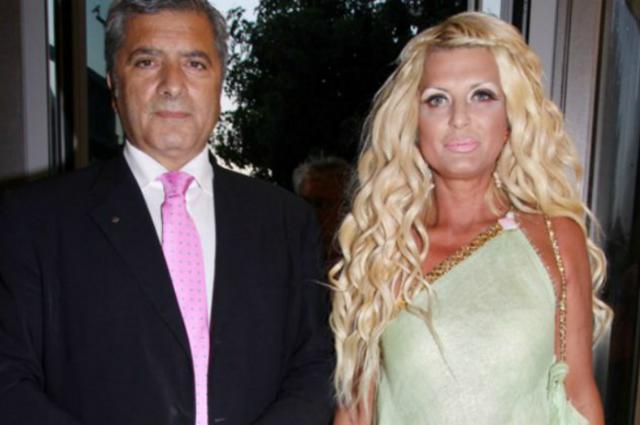 Τρέμε Καλλιμούκου: Η Πατούλη με το ίδιο σέξι διάφανο φόρεμα! [photo]