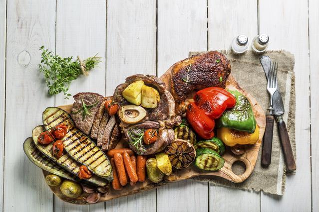 Γιατί να μαγειρεύεις τα λαχανικά όπως το κρέας! 4 τεχνικές για νοστιμιά στη σχάρα