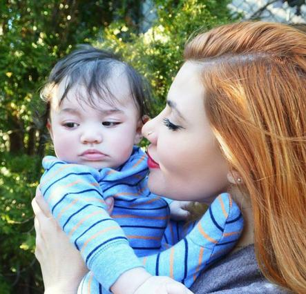 «Φέτες» η Ανέτ Αρτάνι μετά τη γέννα: Έχασε 22,5 κιλά σε 8 μήνες [photo]