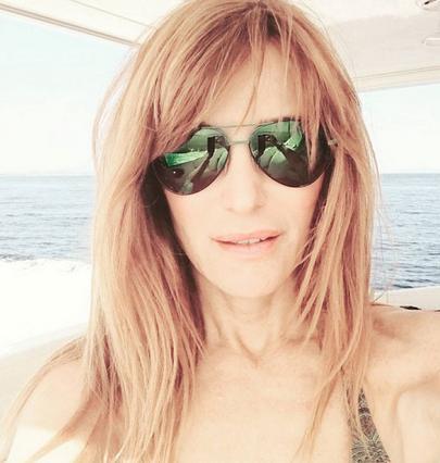 Η σέξι selfie της Βίκυς Χατζηβασιλείου  ξεσήκωσε  τα πλήθη [photo]