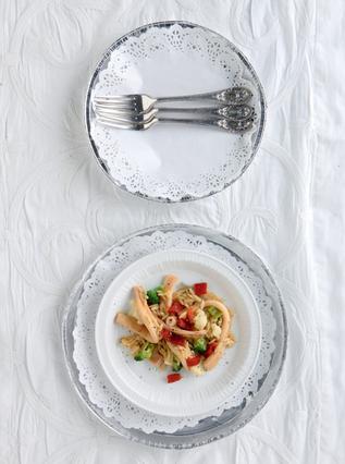 Κριθαρότο με σουπιά, κουνουπίδι, μπρόκολο και καυτερή πιπεριά