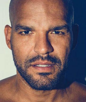 Ποιος πρωταγωνιστής του Prison Break έκανε τις βουτιές του στη Μύκονο [photos]