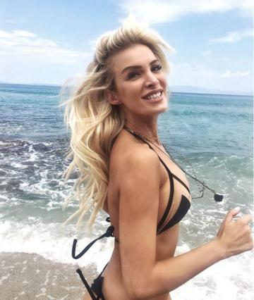Κατερίνα Καινούργιου: Το μαγιό που δίχασε το Instagram [photo]