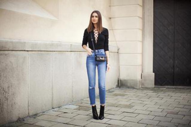 7 τρόποι για να φορέσεις το κορμάκι και το φθινόπωρο