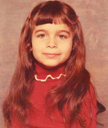 Έλλη Αγγελιδάκη: Δες πως ήταν στην παιδική της ηλικία [photo]