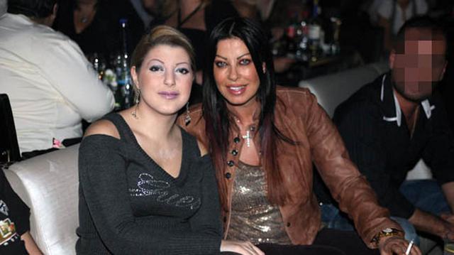 Αγνώριστη σήμερα η κόρη της Άντζελας Δημητρίου: Είναι καλλονή [photos+vds]