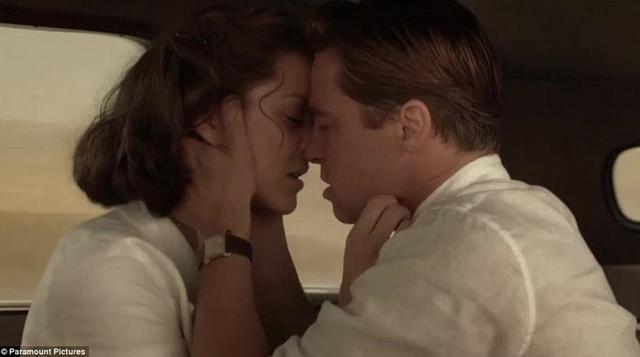 Μπραντ Πιτ & Μαριόν Κοτιγιάρ:  Λάδι στη φωτιά  οι ερωτικές σκηνές τους [vds]