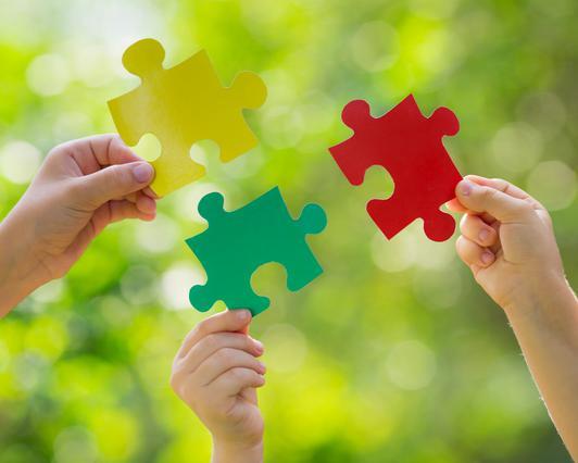 PUZZLE: Όταν τα παιδιά αναπτύσσουν τις κοινωνικές και συναισθηματικές τους δεξιότητες με το παιχνίδι