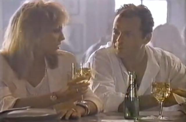 Μπρους Γουίλις & Σάρον Στόουν: Η απίστευτη συνεύρεση το 1987 [vds]