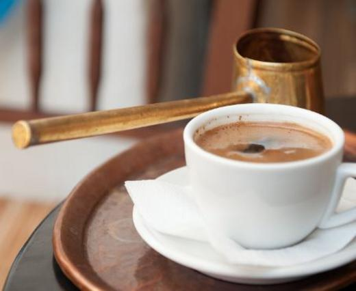 Το μπρίκι & τα μυστικά του: Παράδοση & ελληνική πρωτιά στον διαγωνισμό ελληνικού/τουρκικού καφέ Cezve/ Ibrik