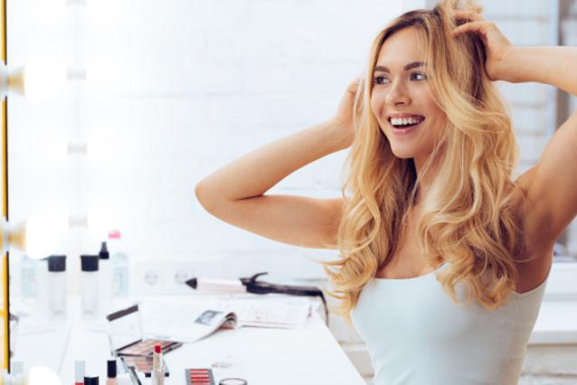 Πώς να φτιάξω πάλι σήμερα τα μαλλιά μου; 5 ιδέες για χτενίσματα για κάθε ημέρα