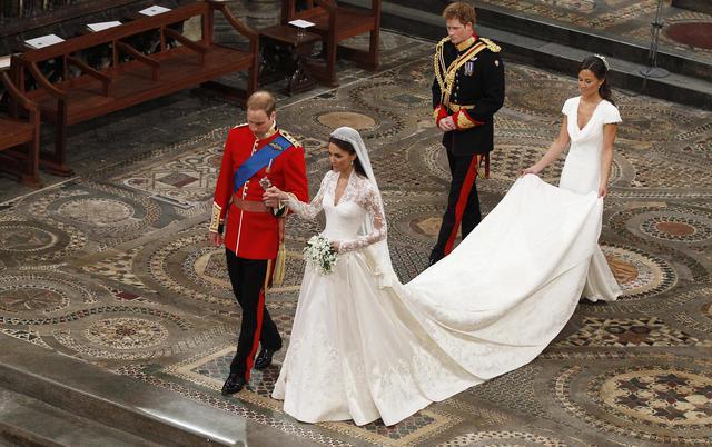 Η Πίπα παντρεύεται αλλά χωρίς την Κέιτ στο πλευρό της