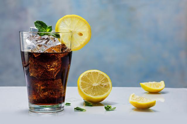 Γιατί να μη ζητάς φέτα λεμονιού στο ποτό ή το αναψυκτικό