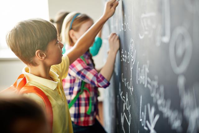 Γιατί τ΄αγόρια είναι καλύτερα στα μαθηματικά απ΄ότι τα κορίτσια; Η εξήγηση