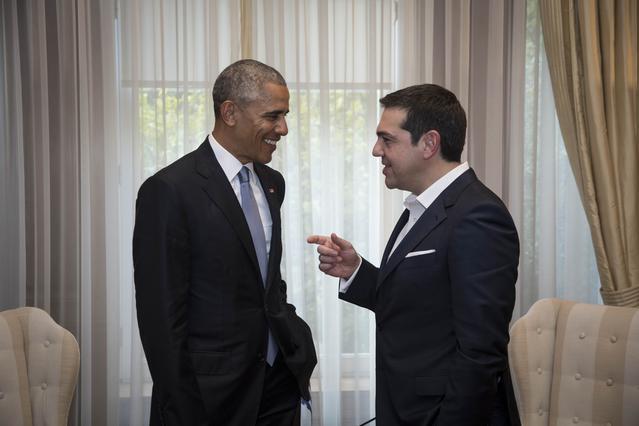 Αυτός είναι ο Τσολιάς που εντυπωσίασε τον φωτογράφο του Ομπάμα [Viral Photo]