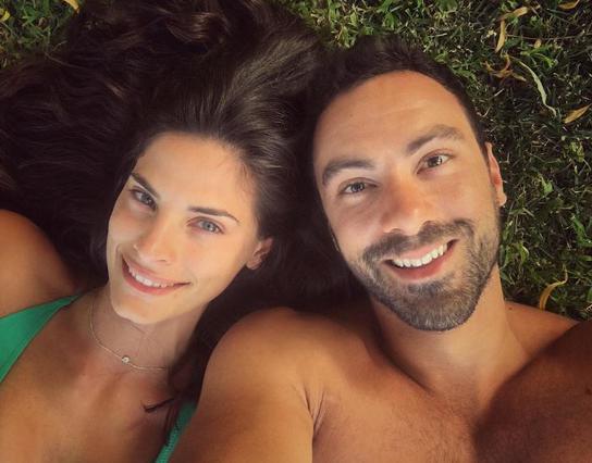 Ο Σάκης Τανιμανίδης για τη σύντροφό του: «Αγαπώ το μυαλό... και τον κ*λ* της»