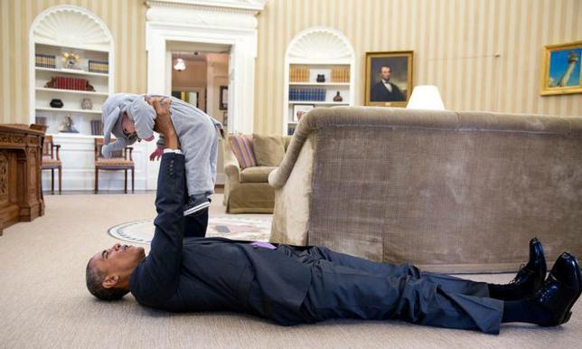 10 φορές που ο Μπαράκ Ομπάμα έγινε... παιδί