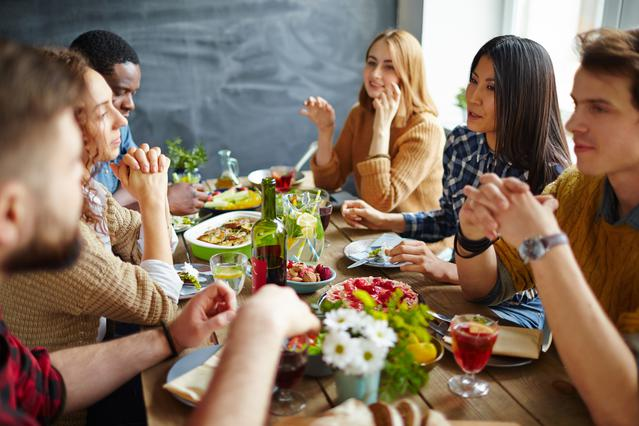 Χριστούγεννα & διατροφικές διαταραχές: Τι να προσέξεις