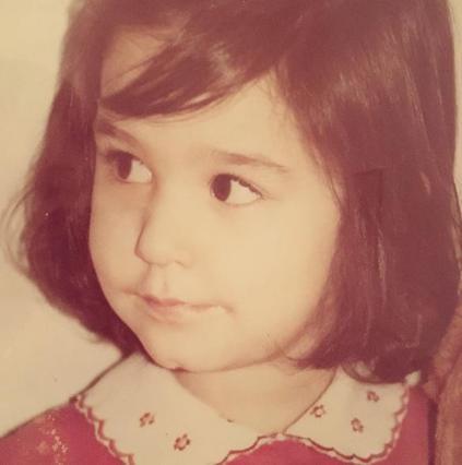 Η Κατερίνα Παπουτσάκη θυμάται την παιδική της ηλικία [Photo]