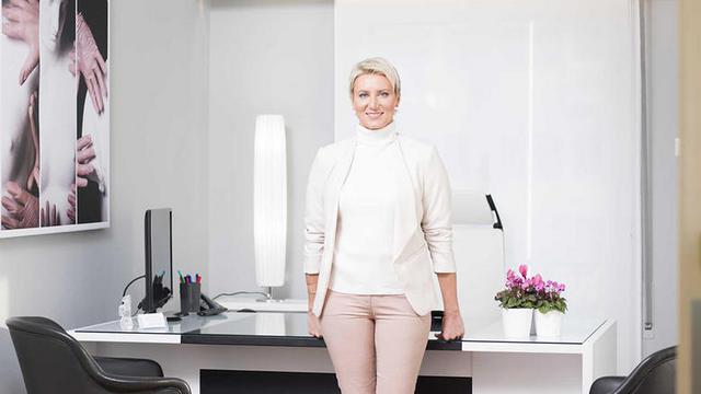 Νατάσα Παζαΐτη: Ιδού το νέο, υπερχύγχρονο ιατρείο της [photos]