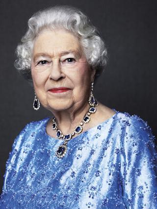 Βασίλισσα Ελισάβετ: Το ρεκόρ, η επετειακή φωτογραφία και το πένθος