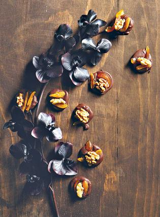 Σοκολατάκια με φρούτα και ξηρούς καρπούς