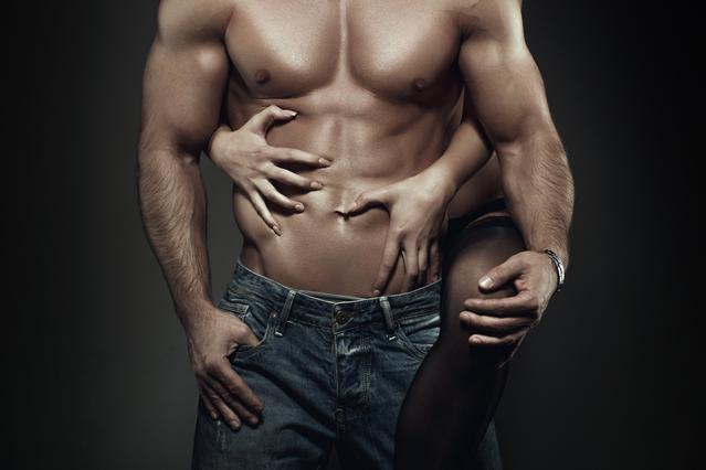 Μη γκρινιάζεις για την κοιλίτσα του: Η γυμναστική μειώνει τη λίμπιντο στον άντρα